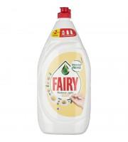 Средство для мытья посуды Fairy Нежные руки Ромашка 1.35 л